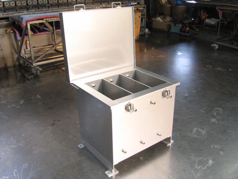 2重タンク(保温材入)のメイン画像