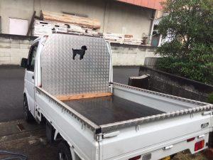 トラック:縞板:レーザー加工