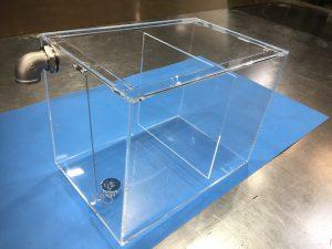 アクリル水槽 (仕切り板あり)