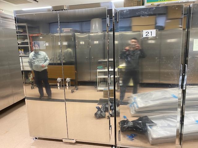 遺体保管庫(12体用)+トレーの詳細画像1